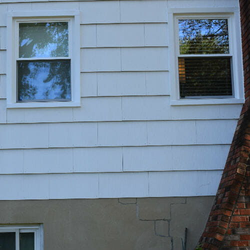 Stellabuto and Bitango Home in Jessup Side Windows Replaced